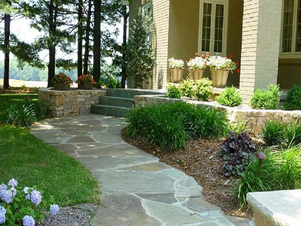 Landscaping garden center combs landscaping for Garden landscape pictures